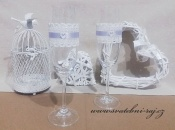Zobrazit detail - Svatební skleničky s krajkovou stuhou