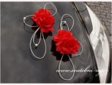 Ozdoba na automobil červené růže