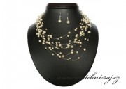 Zobrazit detail - Souprava s krémovými perličkami