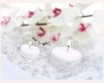 Dekorační perličky na silikonu v bílé