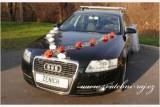 Ozdoba na automobil bílé růže