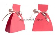 Krabička šaty v růžové barvě