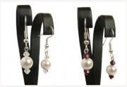 Zobrazit detail - Jemné náušnice s bílou perlou