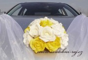 Kytice z pěnových růží bílo-žlutý