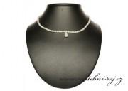 Perlový náhrdelník s větší slzičkou