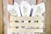 Zobrazit detail - Papírové kornouty na rýži a růže