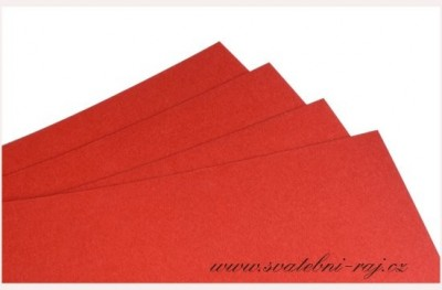 Grafický papír červený