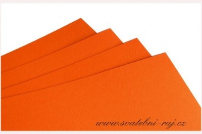 Grafický papír oranžový