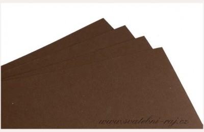 Grafický papír hnědý